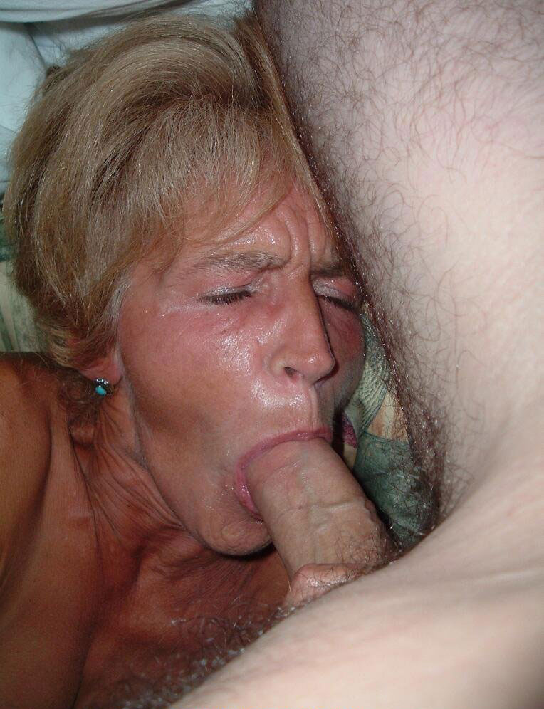 Mature lady giant dick